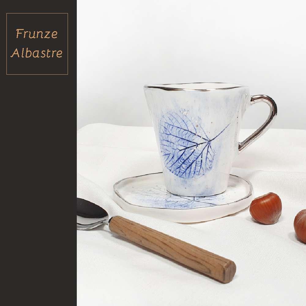 Colectia Frunze Albastre